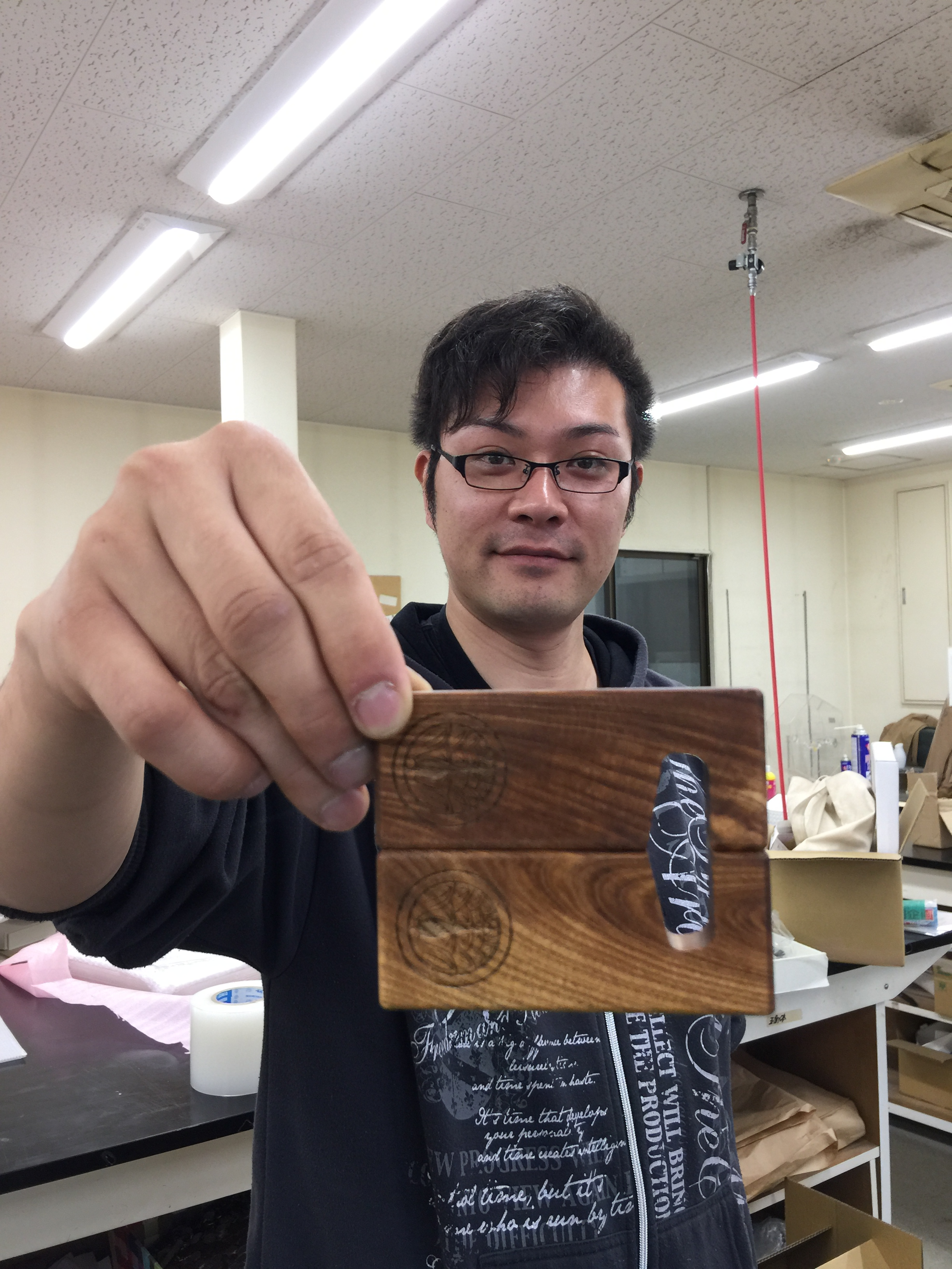 マグネット式 木製コンパクト写真立て